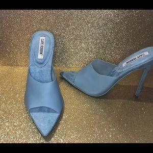 "Brand new with box 5"" heel"
